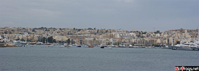 Панорама порта Marsamxett