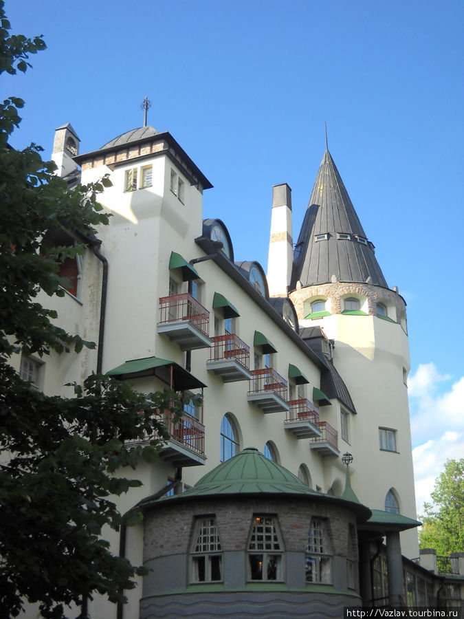 Типично замковая архитектура