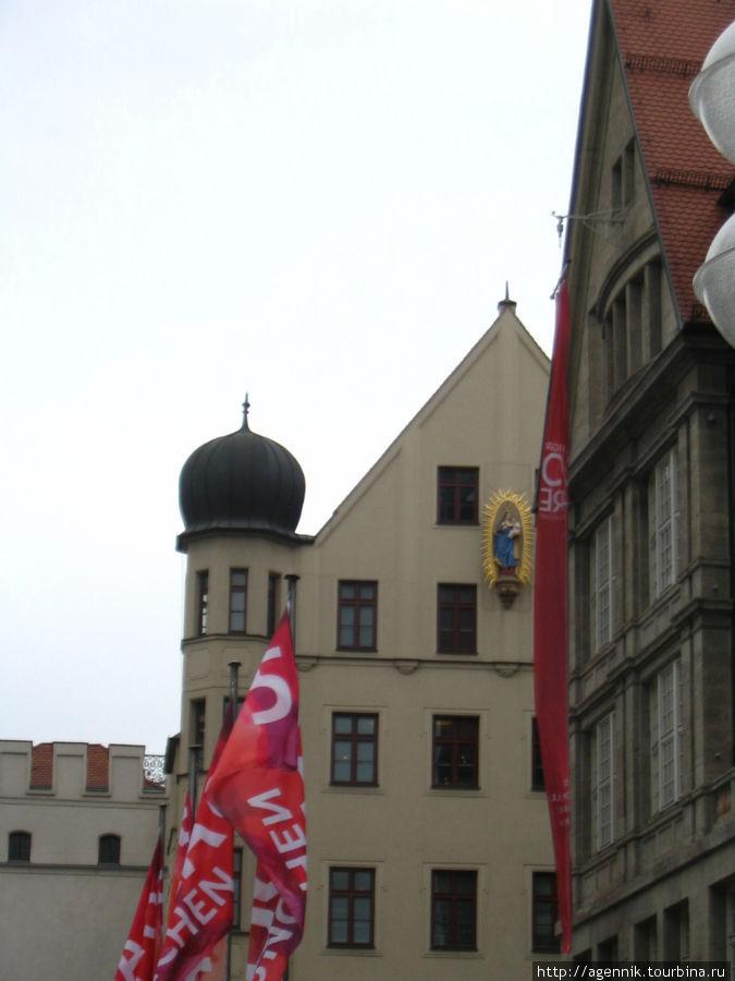 Здания возле Карлстор