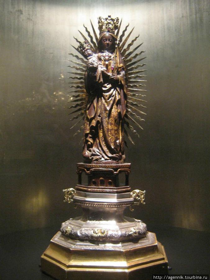 Музей Бюргерзала. Мадонна Фой 1705г.