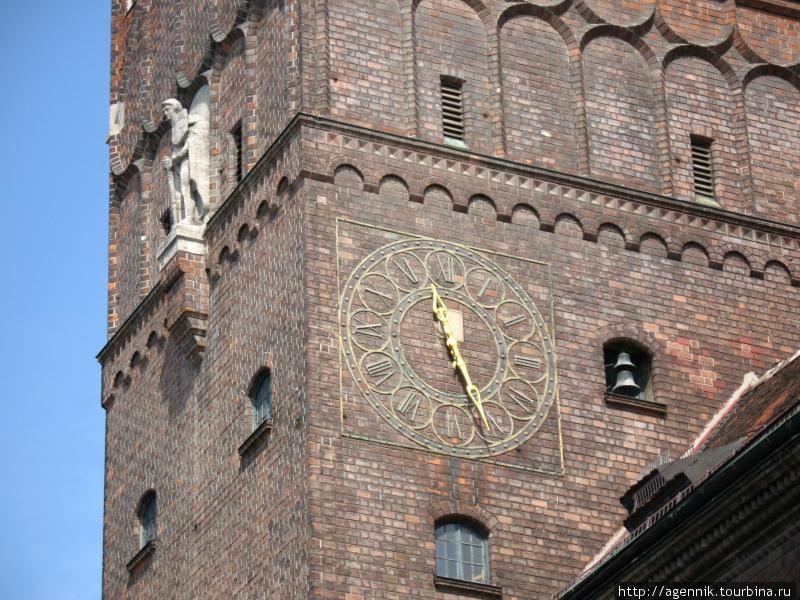 Башня Архива