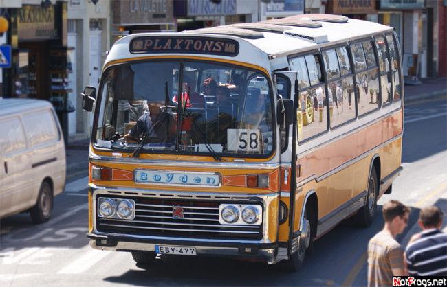 Местный автобус. Гордость и национальный символ мальтийцев