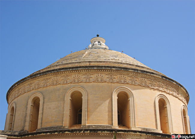 Купол собора в Мосте