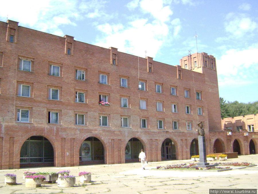 Центральная площадь Борка