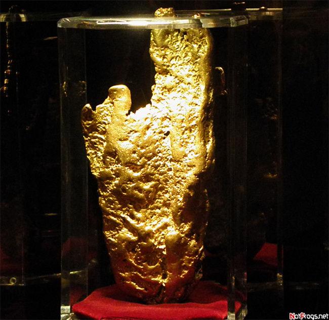 Самый большой в мире золотой самородок