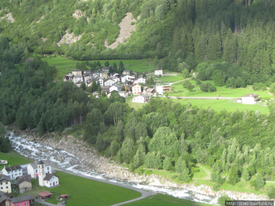 Переход через Альпы по перевалу Сан-Бернардино Сан-Бернардино, Швейцария