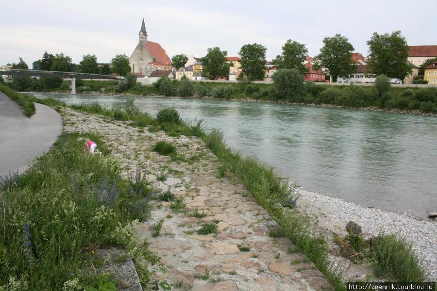 Вид на Лауфен