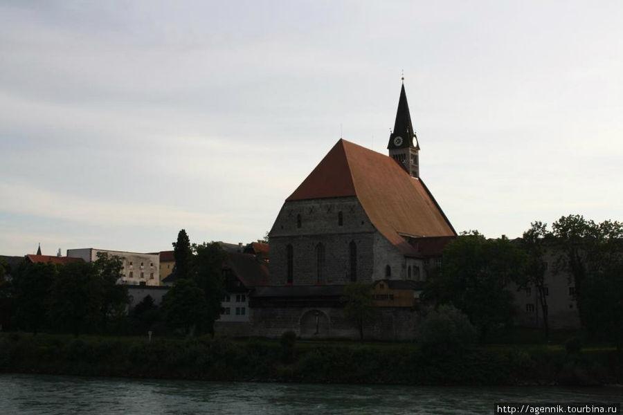 Вид на Соборную церковь
