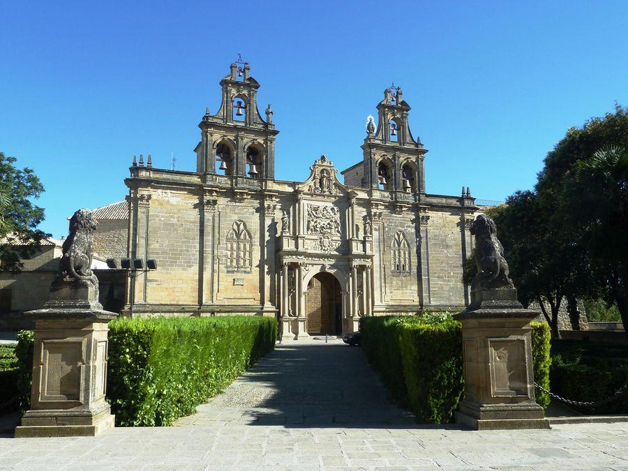 Церковь Санта-Мария-де-лос-Реалес