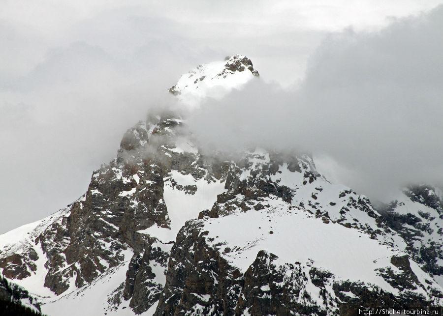 вершина горы Grand Teton, давшей название всему парку