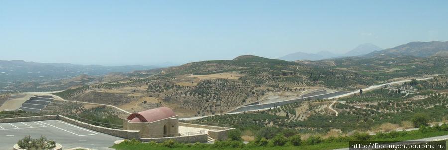 Панорама на долину