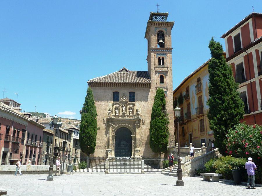 Церковь Санта-Ана