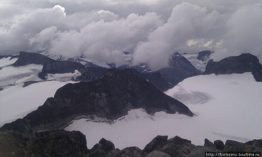 Суровая красота норвежских гор.