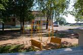 Детская площадке перед клубом