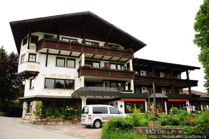 Гостиница Burghotel