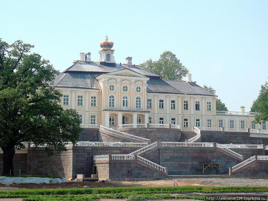 Фасад Большого дворца