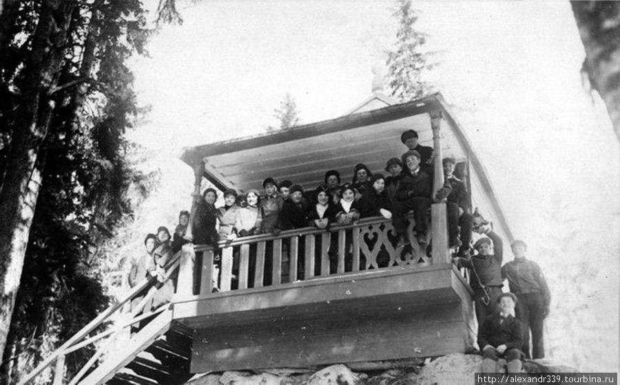 Финские туристы (довоенное фото)