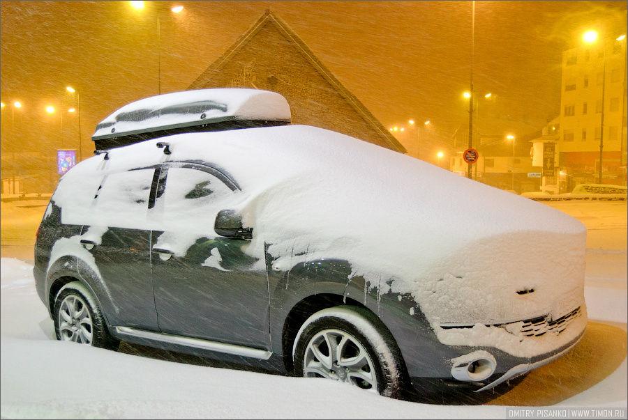 Я так прикинул, за день выпало сантиметров 20-30 снега. Пас-да-ла-Каса, Андорра