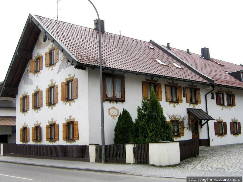 Роспись фасада дома