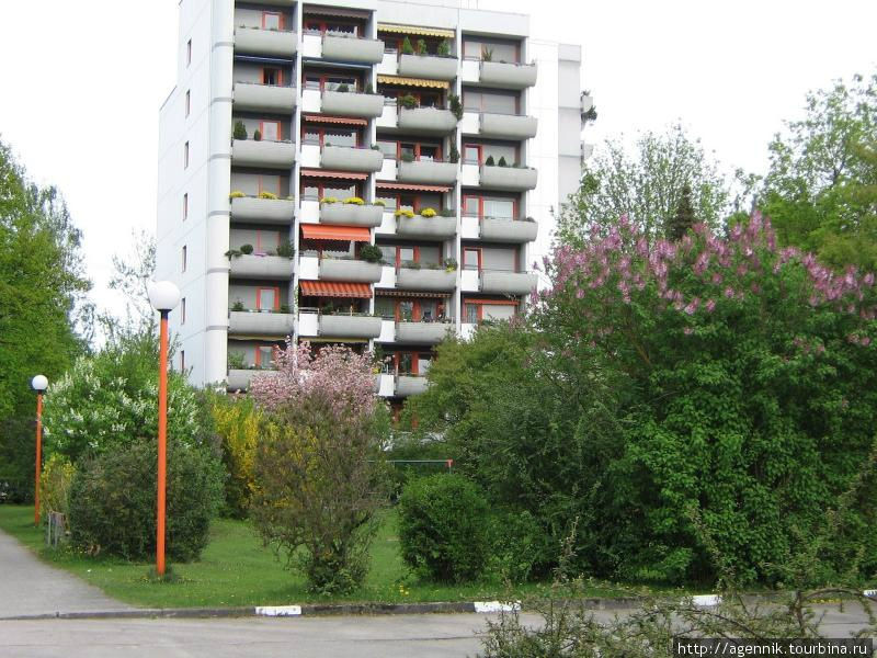 Участок многоэтажных домов