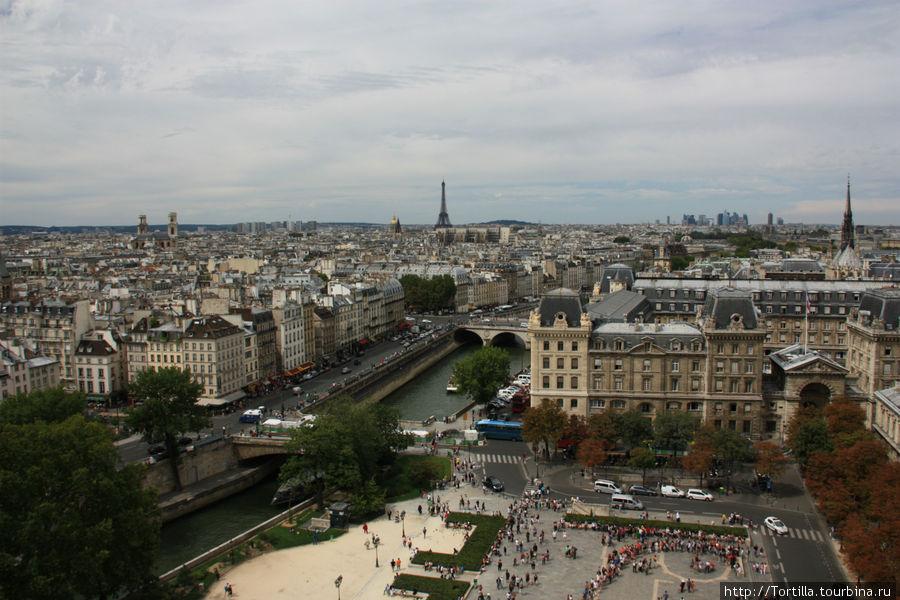 Париж. Вид с колокольни Нотр Дам де Пари