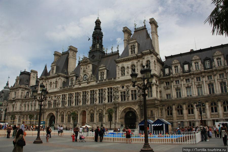 Ратуша Парижа (Отель де Вилль)
