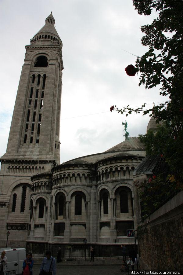 Париж. Монмартр. Базилика Сакре Кер [Basilique du Sacre Coeur].