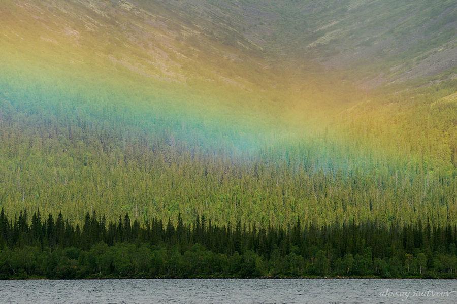 Горная радуга Мурманская область, Россия
