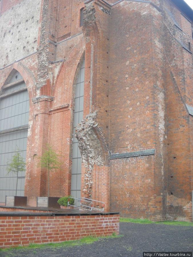 Остатки основного здания