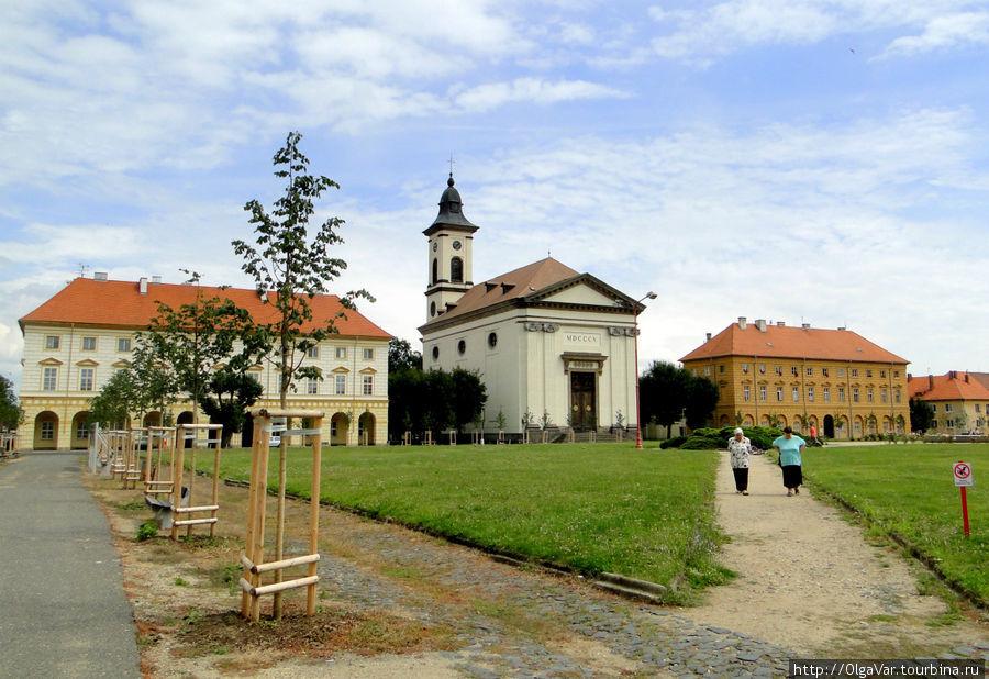 Площадь чешской Армии