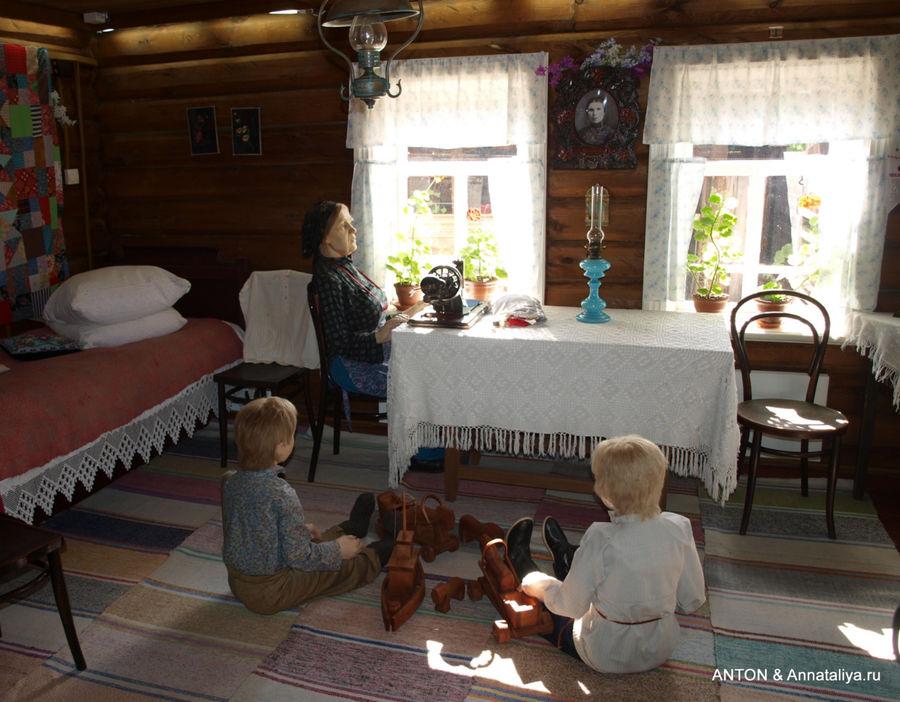 Овсянка. Внутри дома бабушки Екатерины.