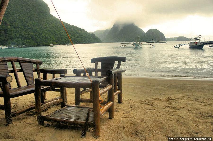 Вот немного солнца Эль-Нидо, остров Палаван, Филиппины
