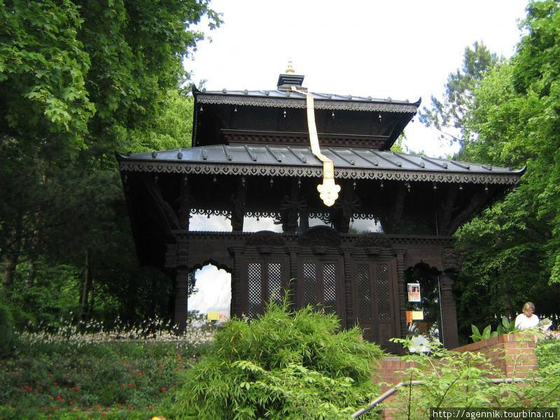Буддийский храм, действующий.