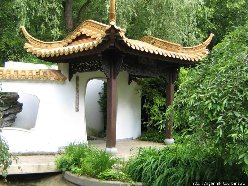 В китайском саду ароматов