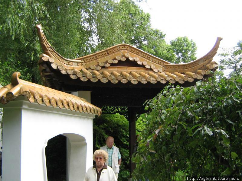 Беседка в Китайском саду
