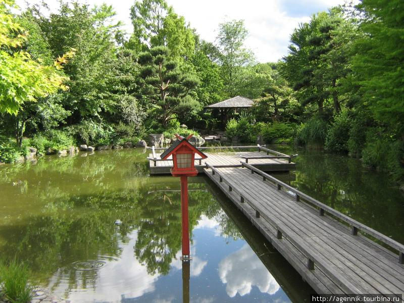 Японский сад — к сожалению проход был закрыт