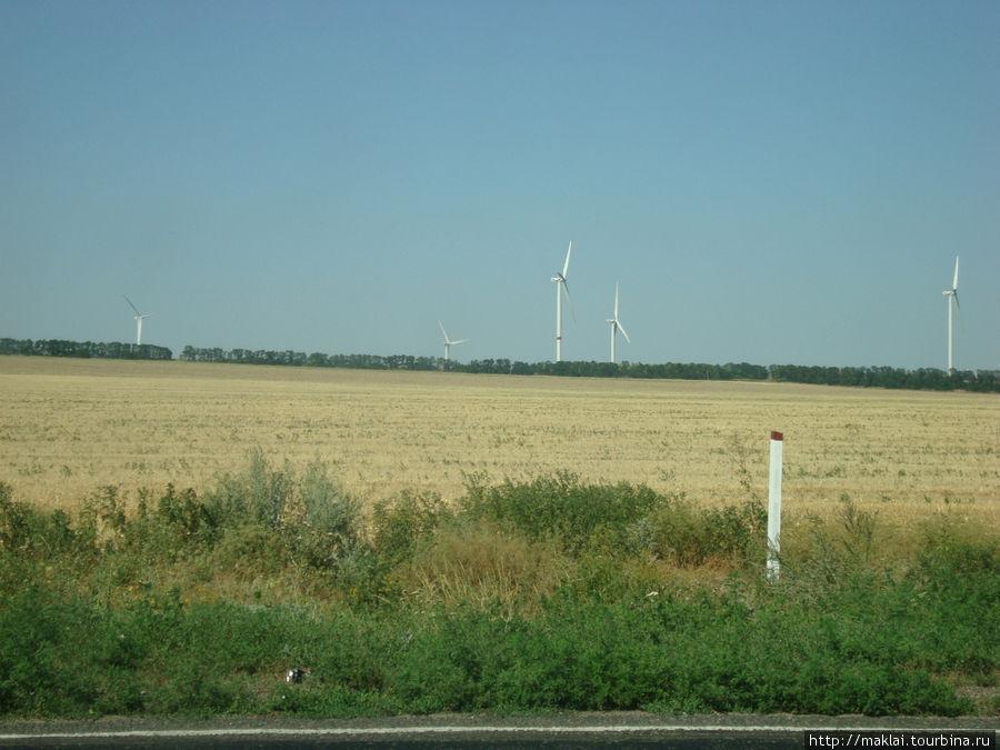 Ветряки. Совсем, как в Европе.