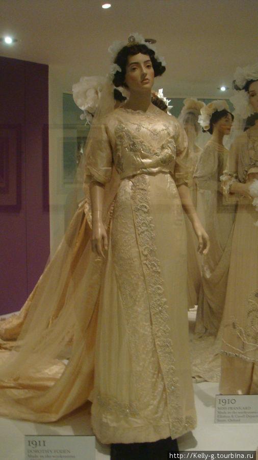 Экспонаты музея моды: свадебное платье 1911 года
