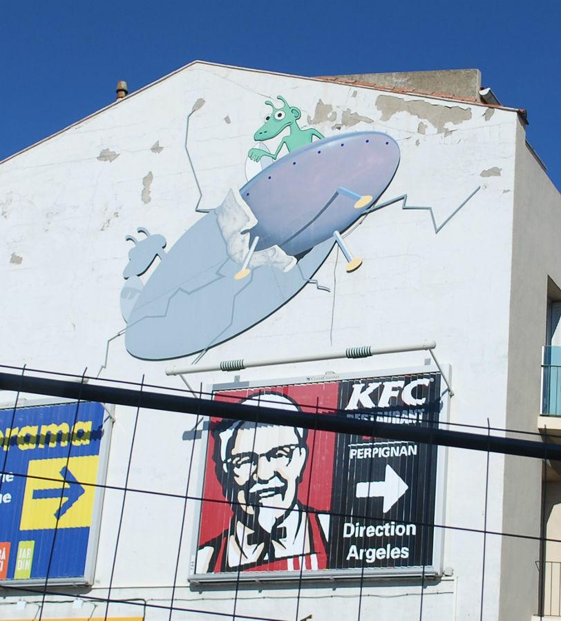 KFC, Castorama, UFO. Perpignan