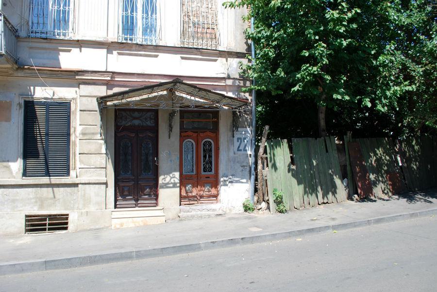 Улица Сундукяна.