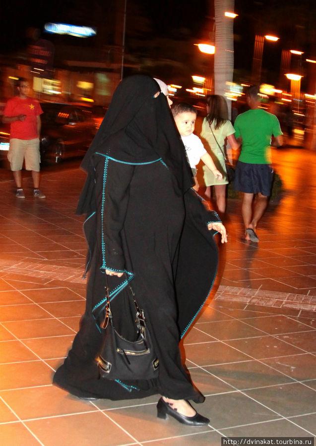 Дама в Хиджабе