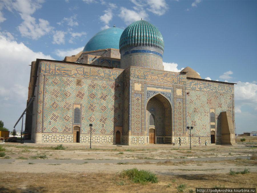 Мавзолей Ходжа Ахмеда Ясави в Туркестане