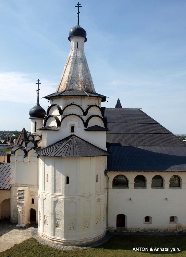 Успенская трапезная церко
