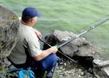 Любителей рыбной ловли можно видеть на водохранилище круглый год