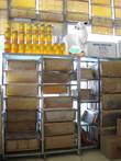 Магазины по продаже мёда и сыра здесь везде