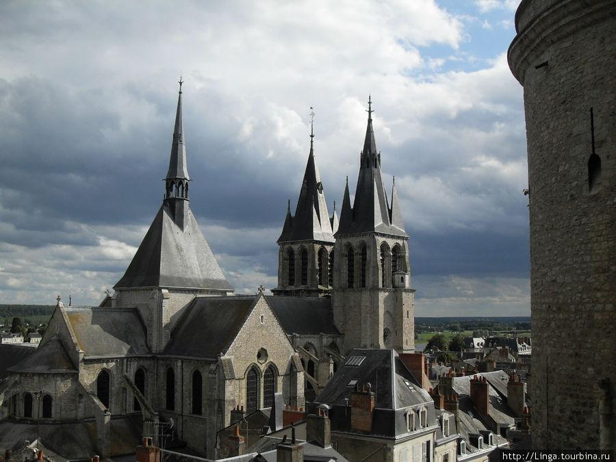 Собор Сен-Николя.