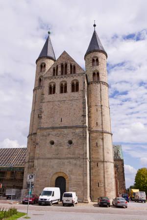 Магдебургский монастырь Пресвятой Девы Мари. Здание монастыря было сооружено по приказу архиепископа Вернера (1063-1078) в XII веке орденом премонстратов, которые проживали в монастыре с 1129 г.