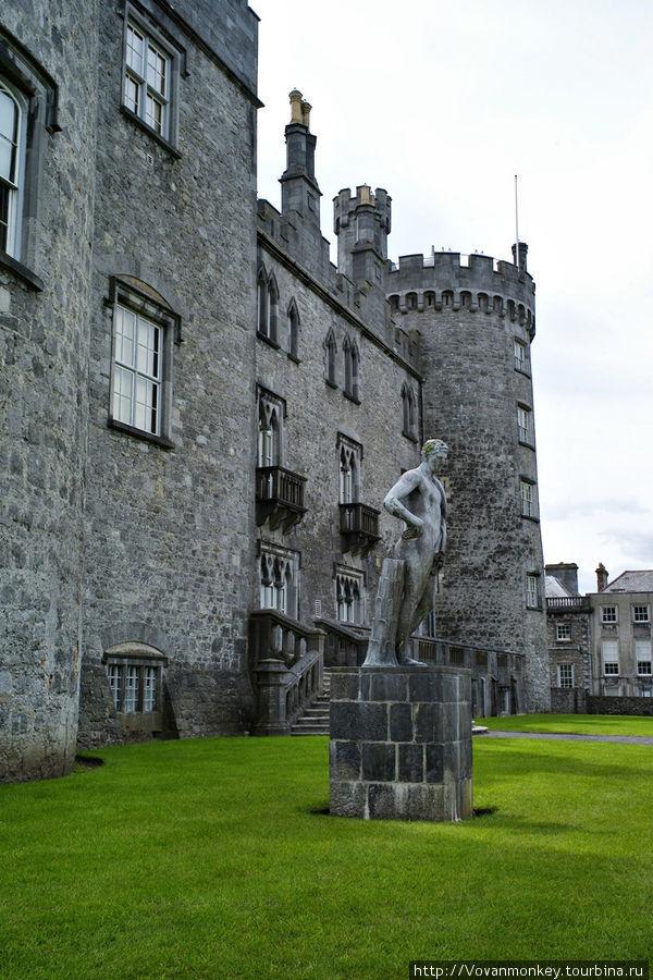 Замок Килкенни.