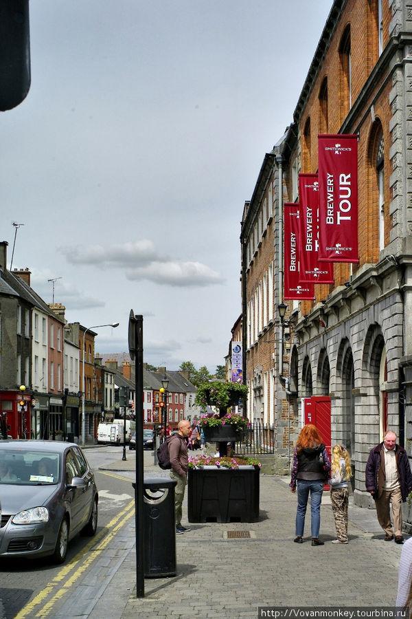 Parlament street, музей пивоварни Smithwick's и аббатства St.Francis