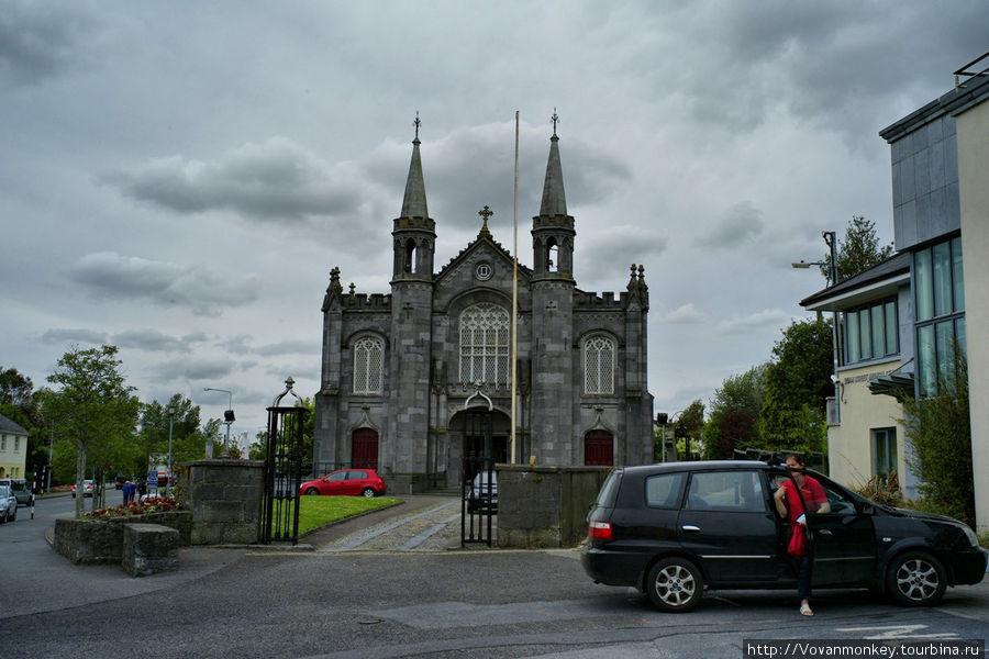 Церковь Св.Кэйниса.